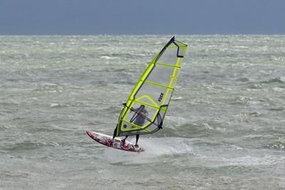 Windsurf action in Lignano Riviera #1. Foto: Giorgio De Santi